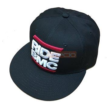 http://biciprecio.com/10294-thickbox/gorra-plana-oficial-bmc-racing-team.jpg
