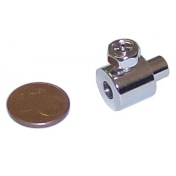 https://biciprecio.com/13411-thickbox/prisionero-con-tornillo-para-cable-11x12mm.jpg