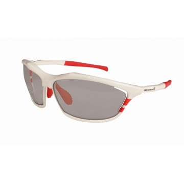 http://biciprecio.com/4902-thickbox/gafas-endura-shumba-blancas.jpg